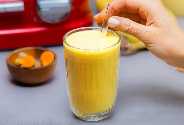 Latte Dourado de Açafrão Receita KitchenAid Portugal